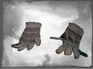 A_Gloves_Magy_CUT