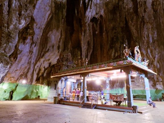 24. batu caves 2