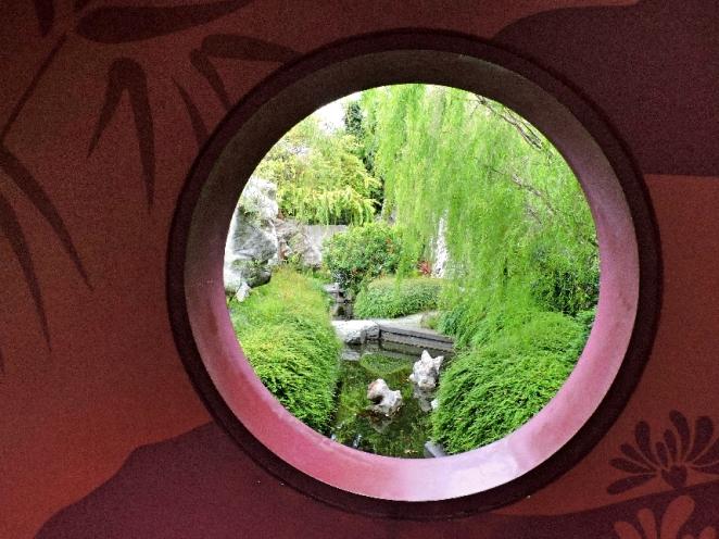 32.Chinese garden