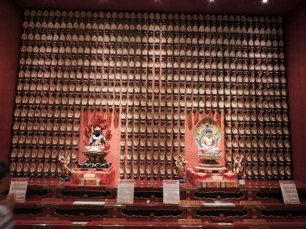 7.Buddha statues