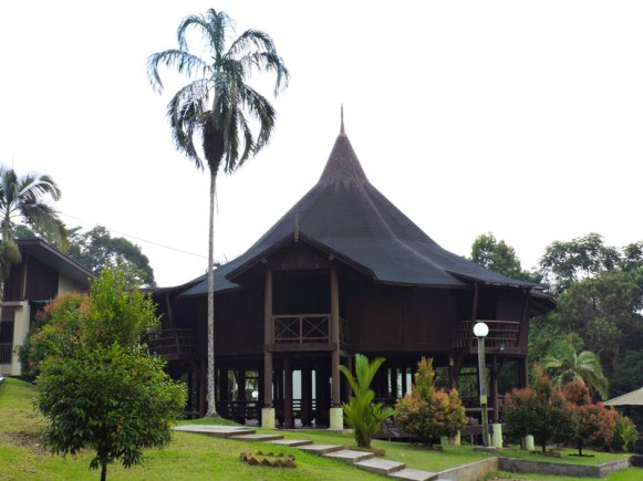 Gunung-Gading-headquarters