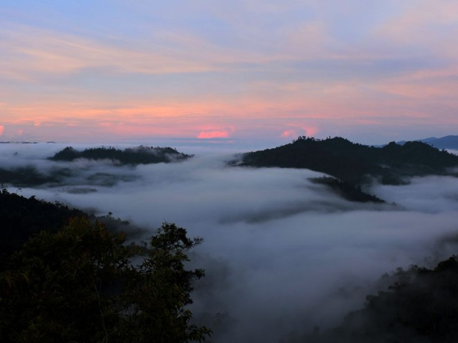 sunrise-kelabit-highlands-2