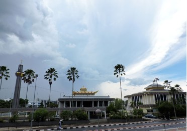 Brunei Darussalam – one of the last sultanates on earth, oil
