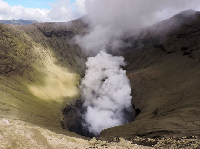 bromo-krater