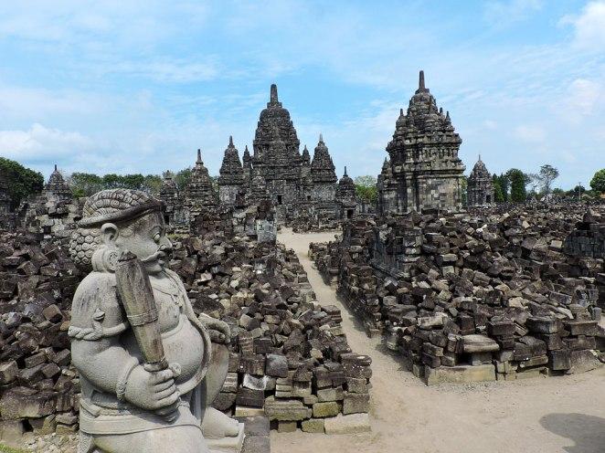 budistki-hram-razvalini