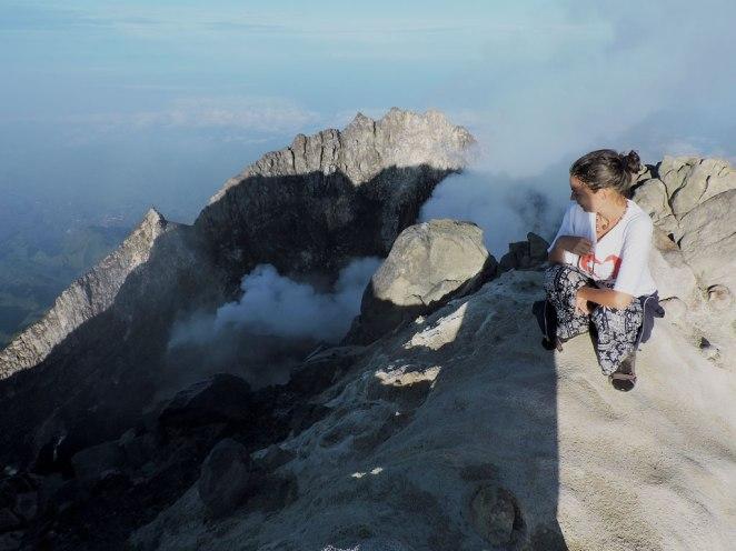 gledka-kym-kratera