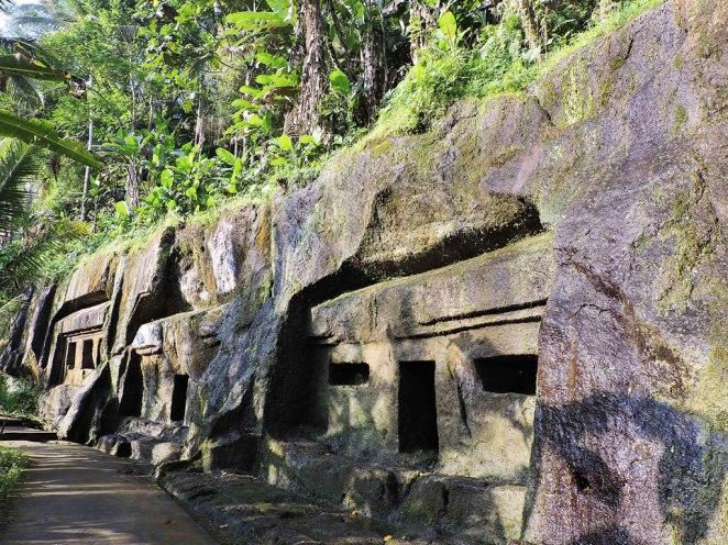 izkustveni-peshteri-hramove